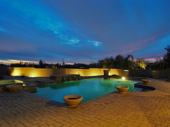 image of a pool typical for Scottsdale Luxury Homes